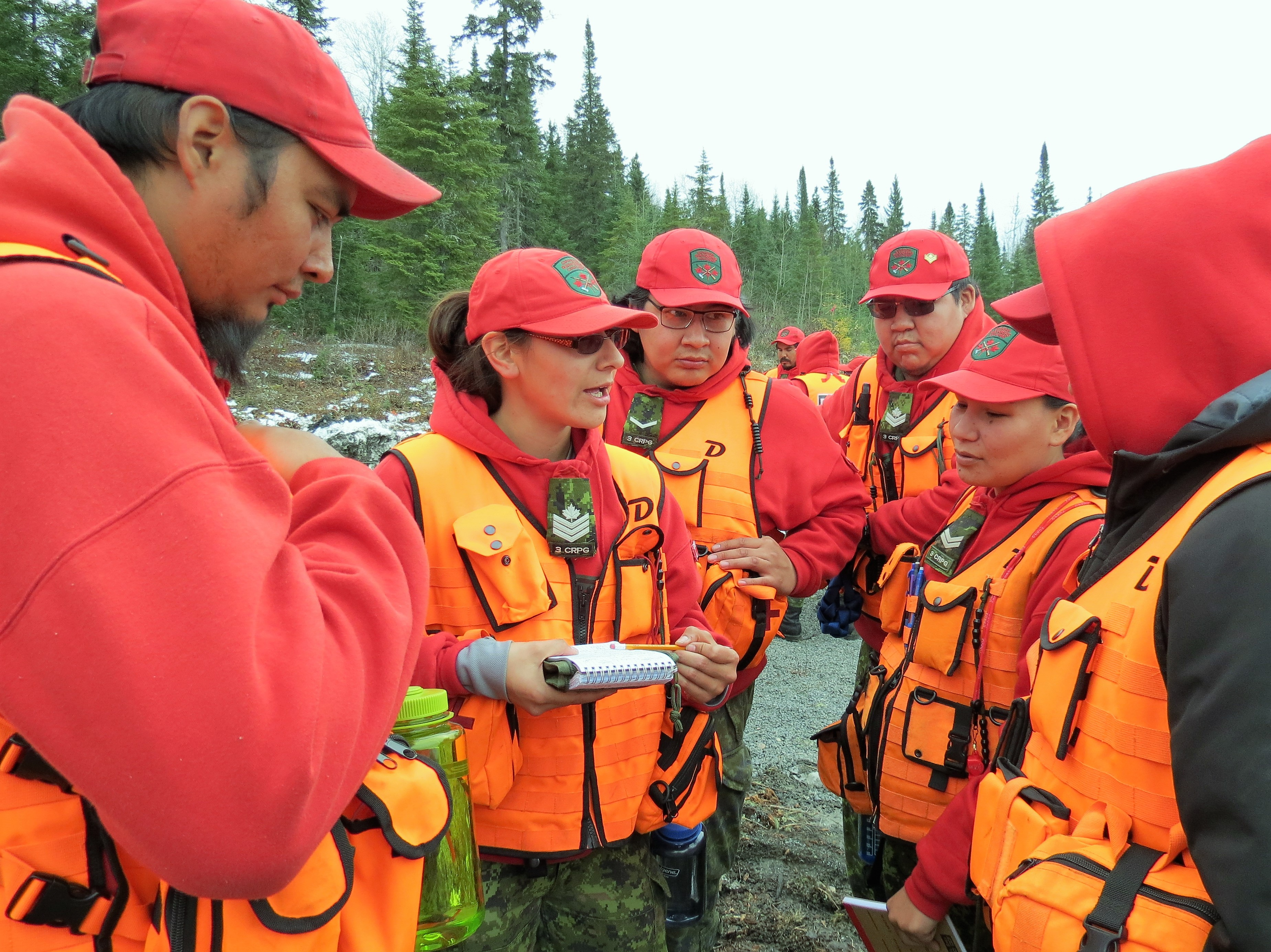 CANADIAN RANGERS COMPLETE SEARCH AND RESCUE TEAM