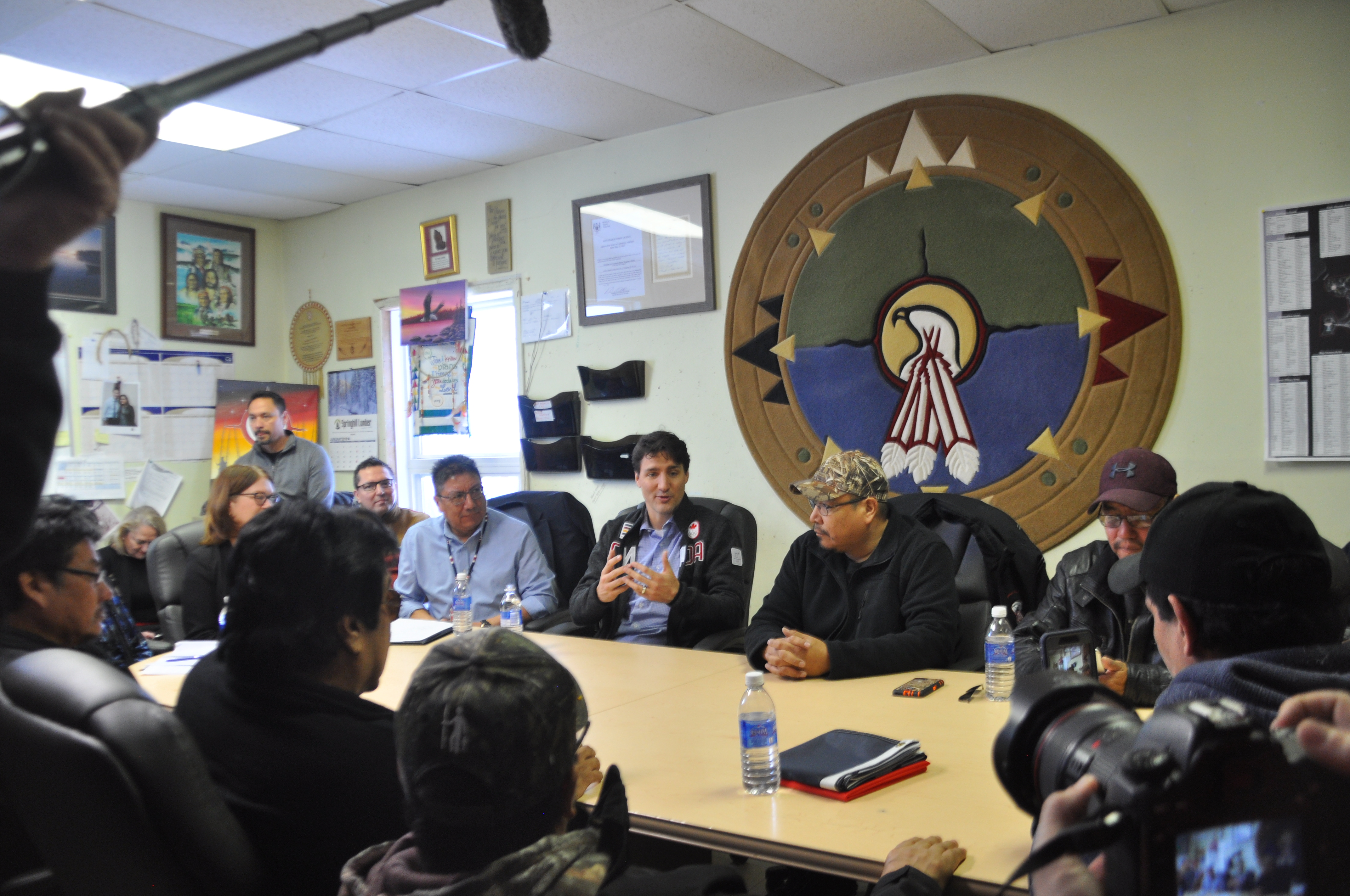 PM Trudeau visits Pikangikum First Nation | Wawatay News Online